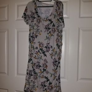 MATERNITY,A Glow by JLo, floral form fitting dress